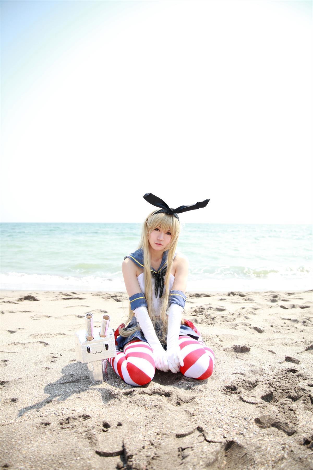 呆萌丁字裤少女!岛风酱的沙滩cosplay