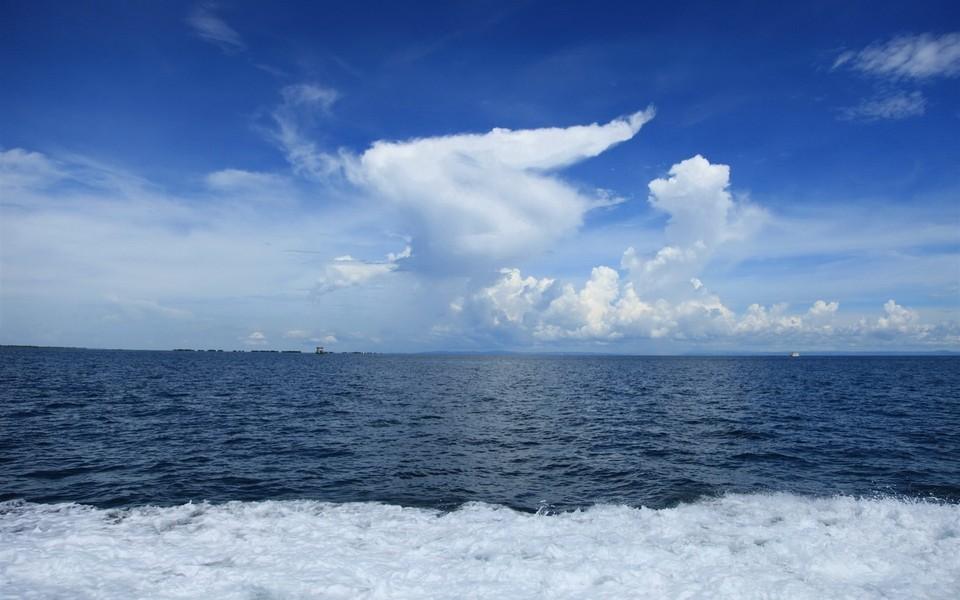 菲律宾阳光沙滩海边风景壁纸
