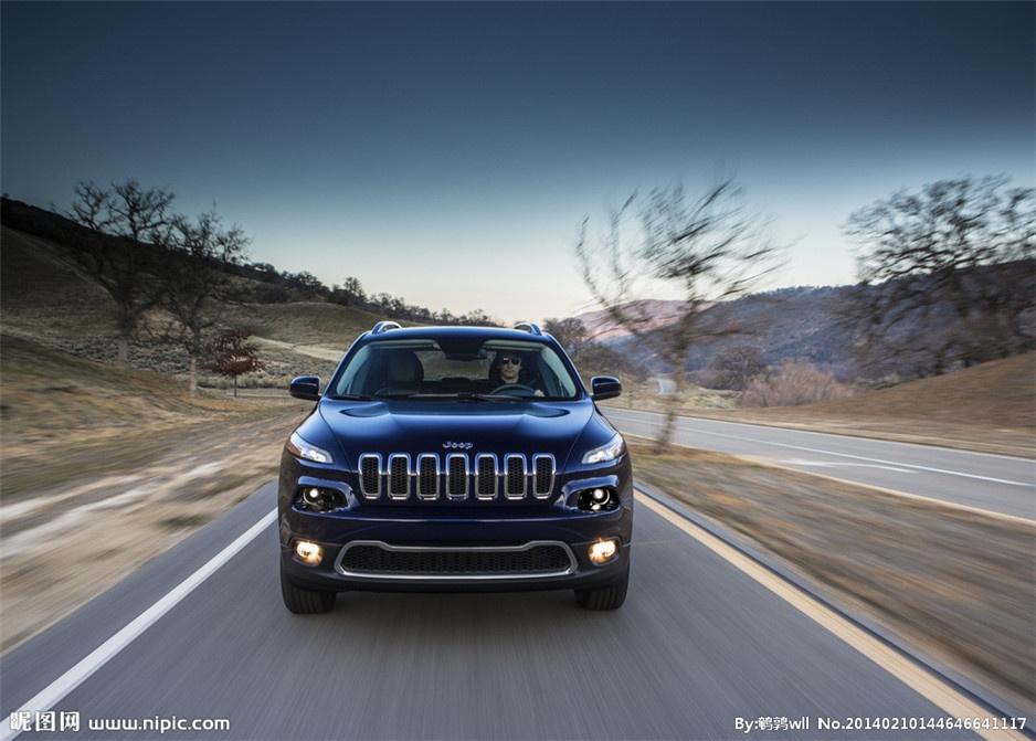 进口的jeep自由光汽车图片
