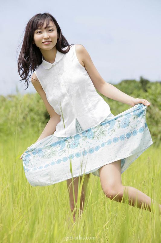 日本熟女电影网站_日本当红写真女优吉木明纱 熟女气质大片