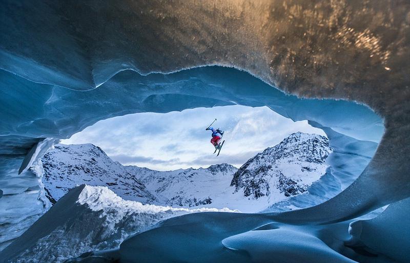 近日,美国《国家地理》杂志出版了一本世界各地最美风景照片集.