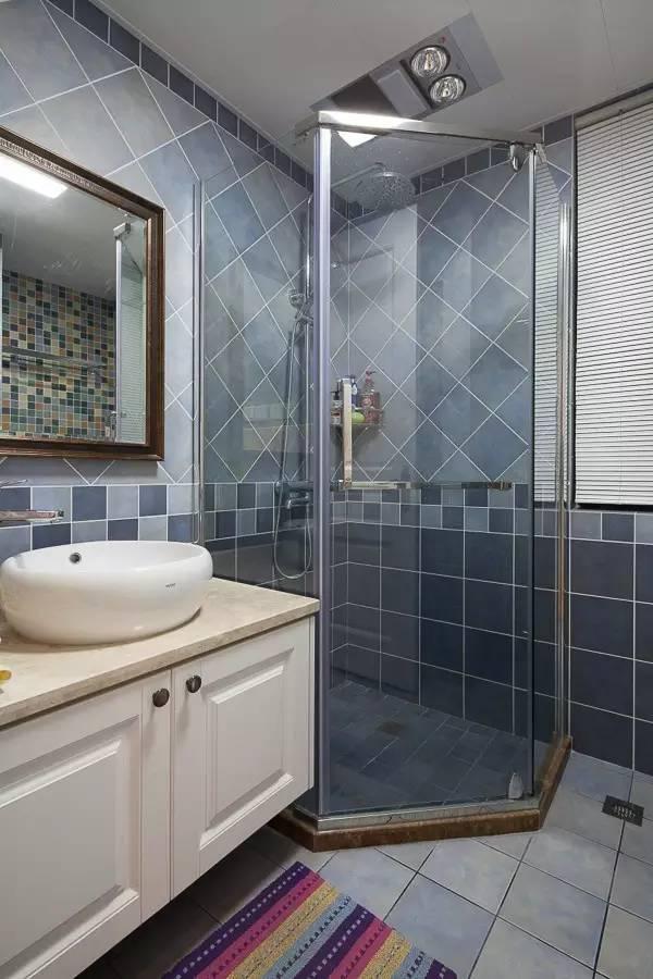 干湿分离小户型卫生间装修设计案例