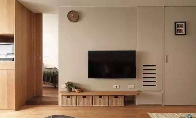 日式风格装修隐形门电视背景墙效果图