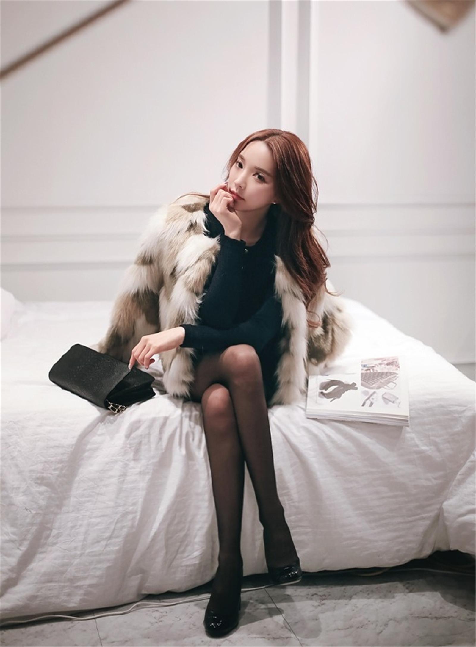 有美女�9��y�9�-yol_ol性感美女朴秀然黑丝袜大长腿迷人摄影图片