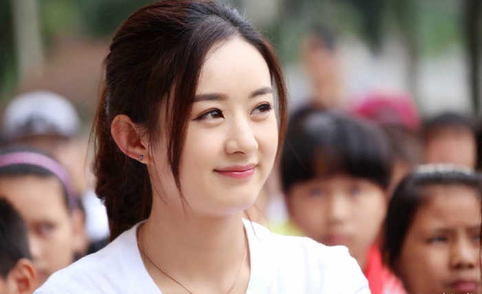 赵丽颖正脸美若林青霞,背影更美,特别是跳起来 身轻如燕