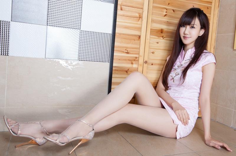 亚洲腿模sara性感美腿丝袜诱惑写真图片