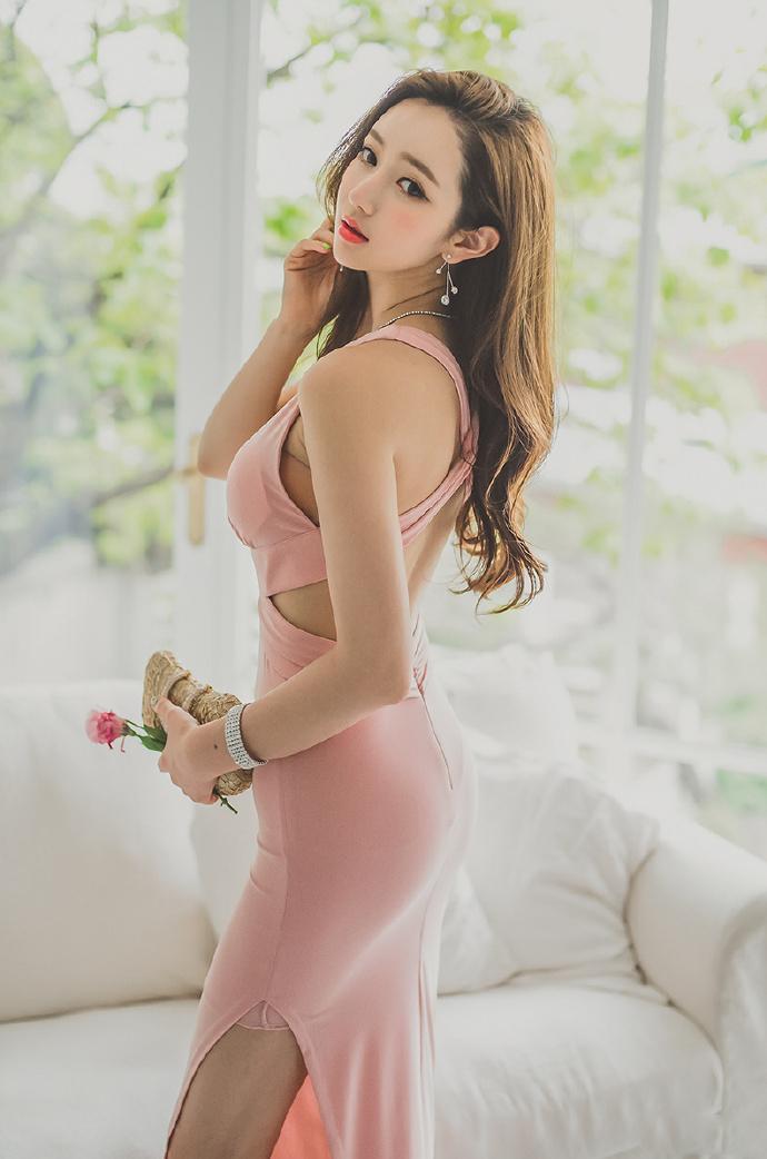 ( 1/ 9) 2017-03-02 韩国美女 分享: 图集已浏览完毕