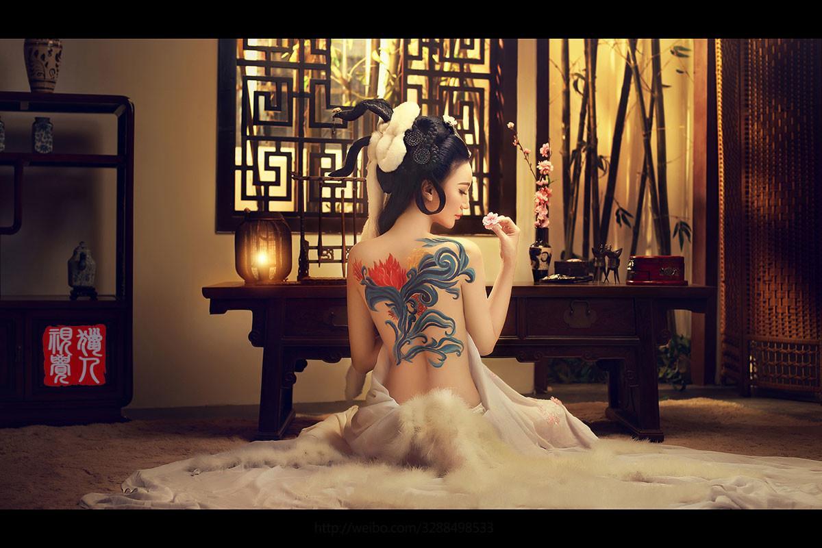高清性感纹身古装美女