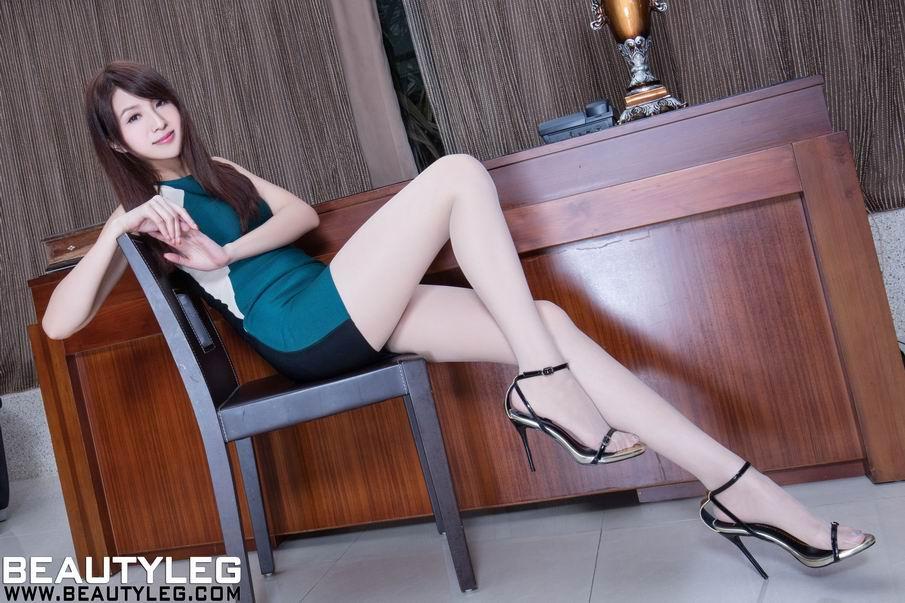 滑丝袜台湾佬_beautyleg台湾腿模vicni美腿丝袜诱人性感图