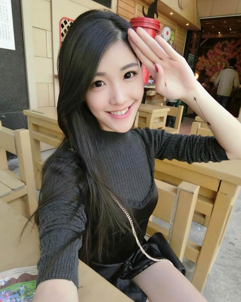 大胆自拍照片_大胸美女ivy kuang私房大胆性感自拍美女图