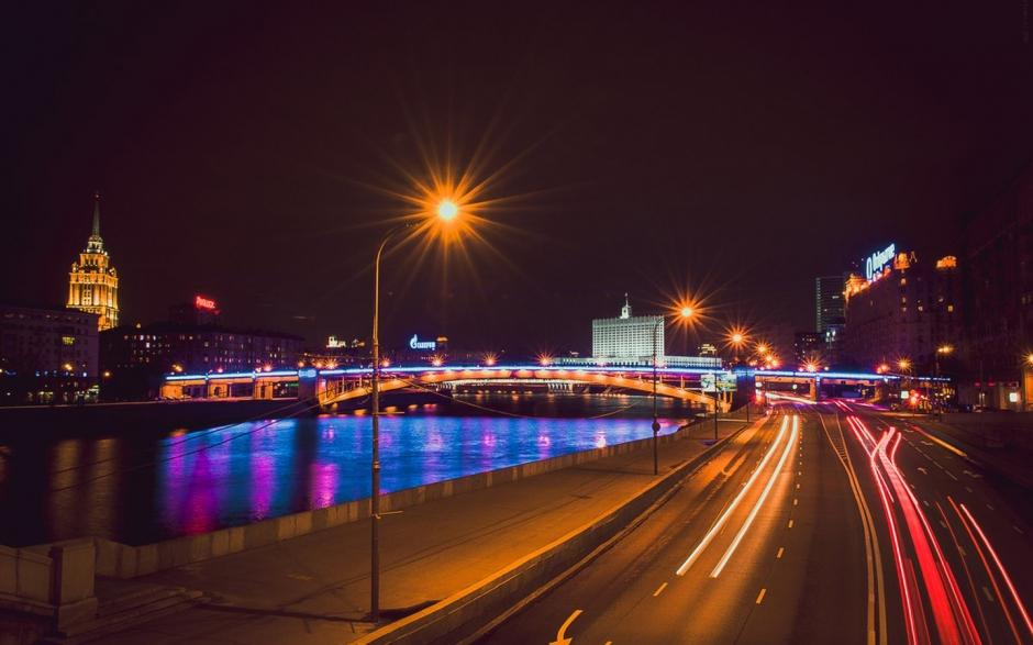 情侣路夜景图片唯美 德国柏林城市唯美夜景图片电脑桌面壁纸下载