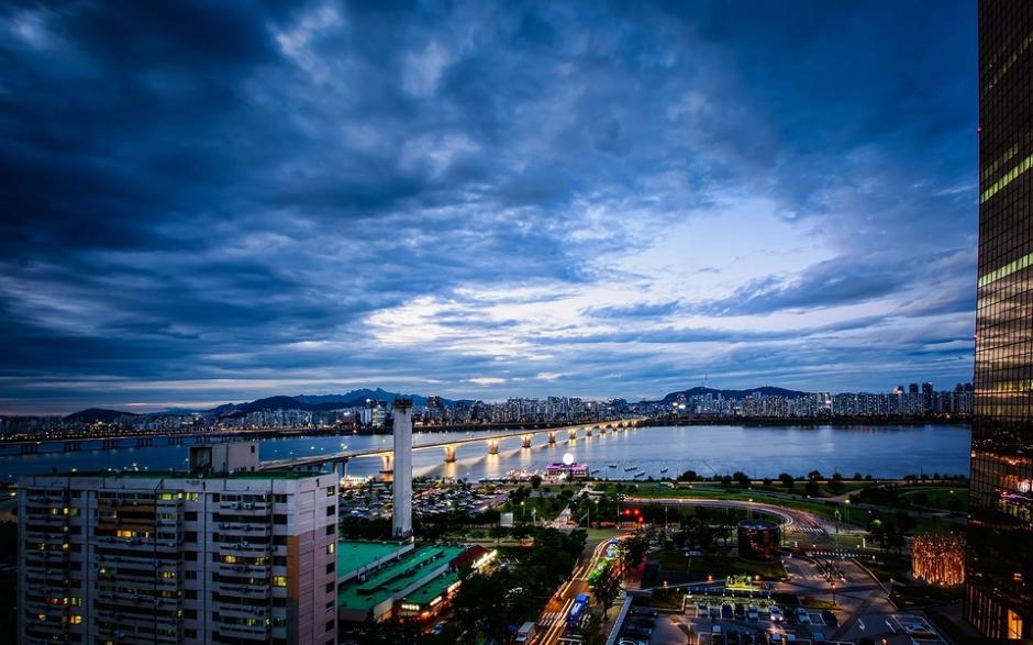 城市节奏夜景图片 浪漫的城市风景壁纸图片(3)