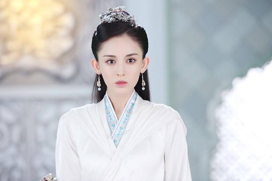 娜扎饰演徐有容