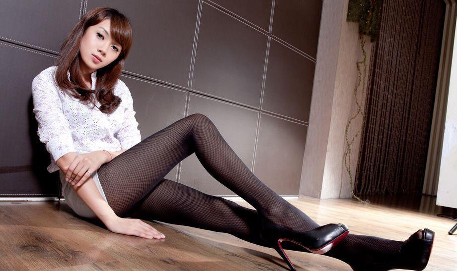 极品少妇被草_ol美女极品网袜美腿诱惑写真图片