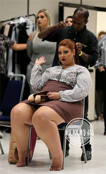 巴西上演胖模特时装秀
