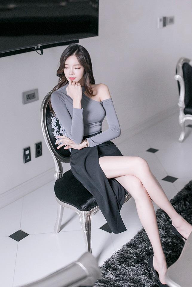 弄性感老师囹�a_韩国美女教师搔首弄姿极致诱惑性感私房照