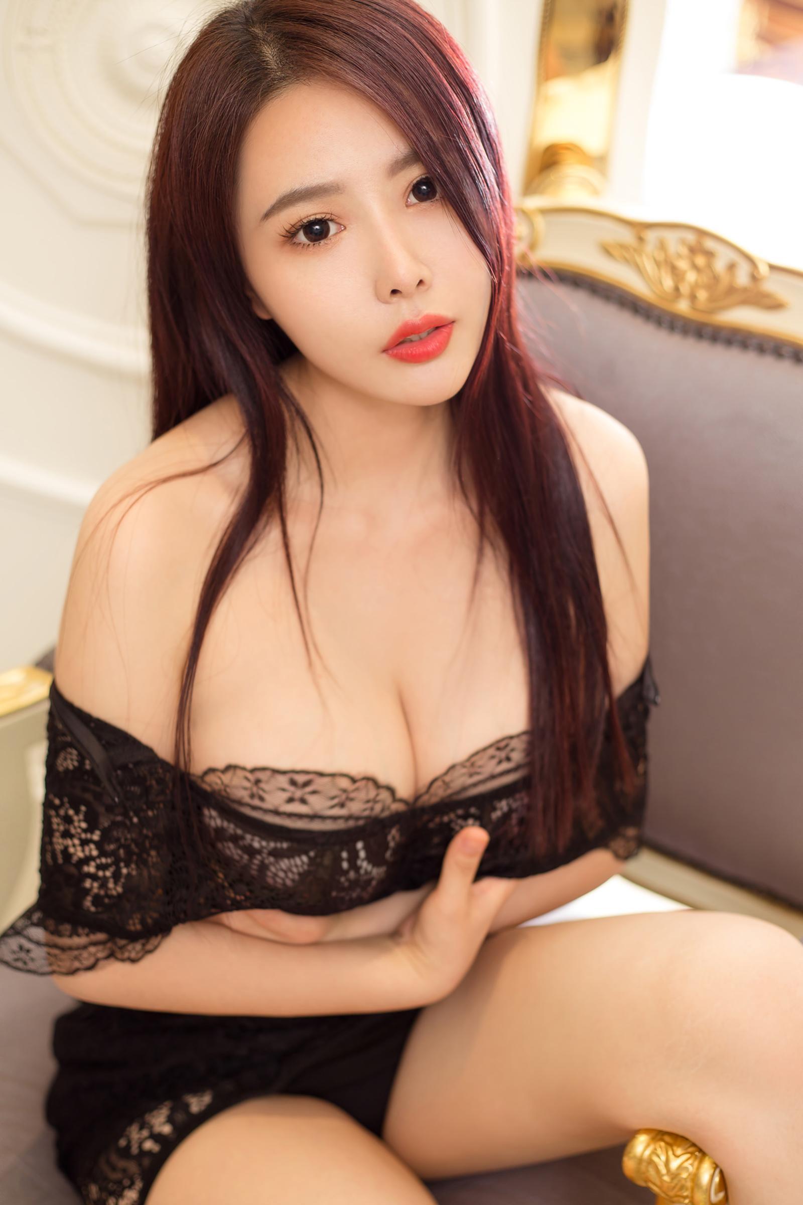 性感美女妈妈网新闻_酥胸翘臀完美身材的性感美女图片_图片新闻_东方头条