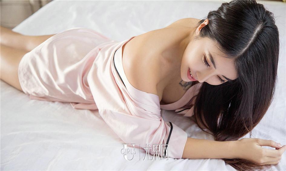 日本性爱翘臀美女图片大全_性感包臀美女翘臀诱惑前凸后翘激情撩人写真