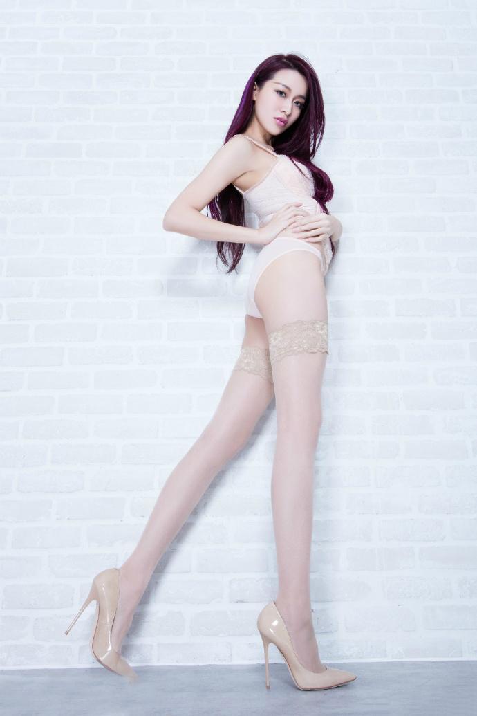 人体艺体模特囹�a���9m�.�_beautyleg台湾美女大胆人体艺术私拍模特图