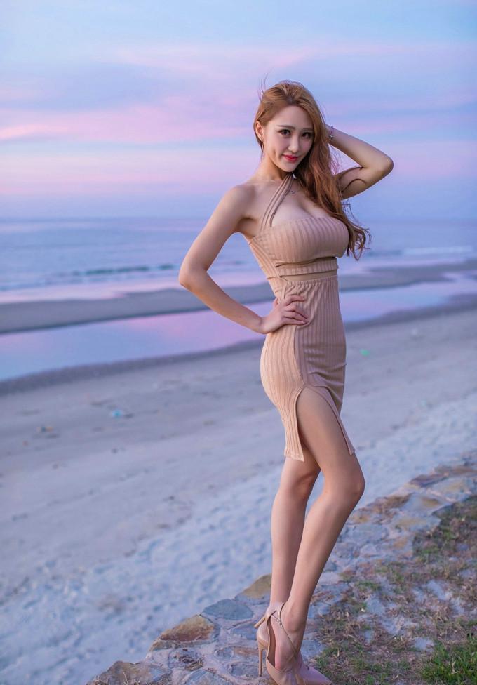 欧美大胆艺术摄影_长腿美女丝袜美腿大胆人体艺术巨乳诱惑写真