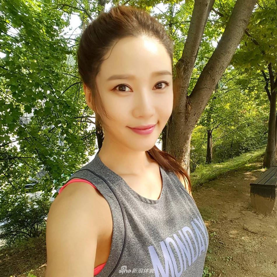 韩国网红模特健身房打造好身材