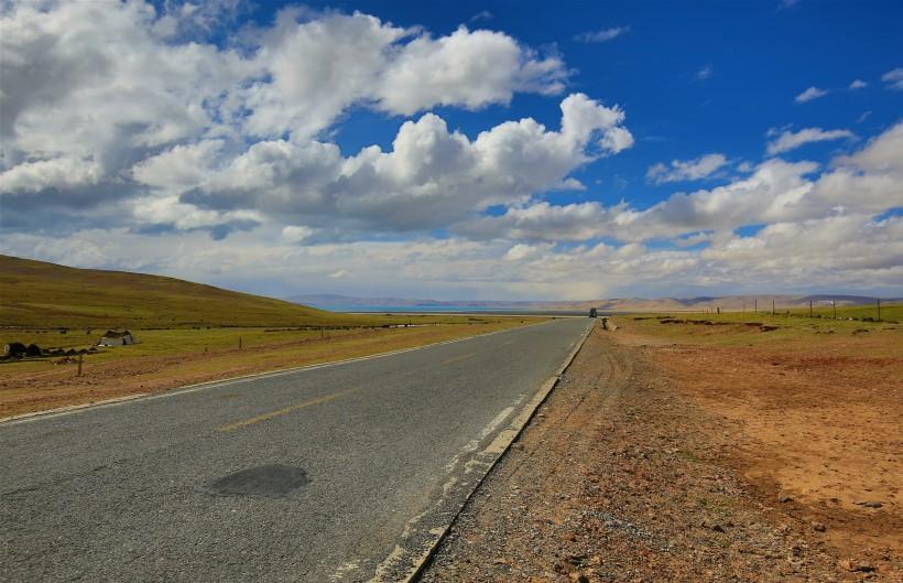 西藏当雄草原风景图片