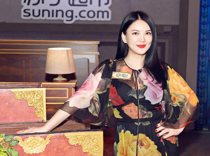 李湘瘦身照片_李湘瘦身成功 女神范气场全开_图片新闻_东方头条