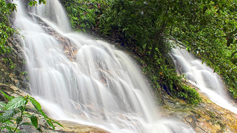 壁纸 风景 旅游 瀑布 山水 桌面 960_540