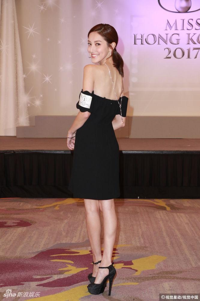 香港,香港小姐竞选十强诞生记者会,陈凯琳身着黑色抹胸裙大露性感美背