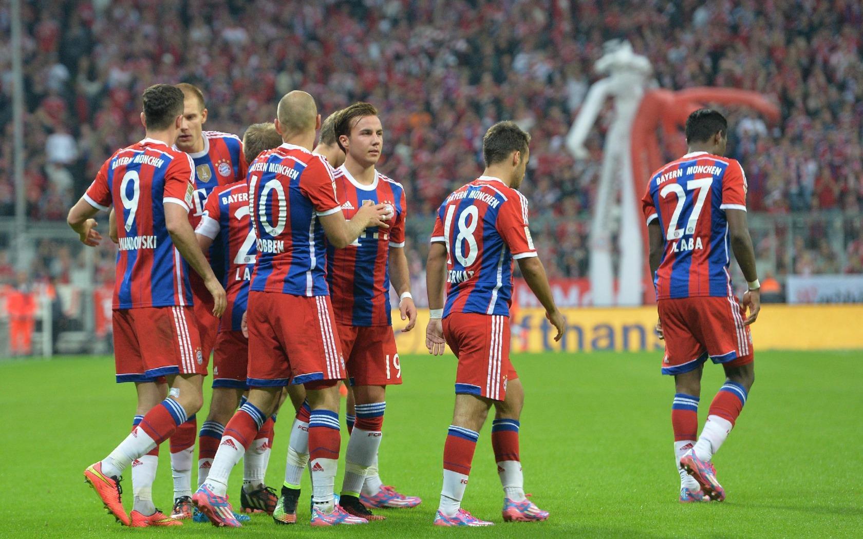 拜仁慕尼黑足球比赛图片高清壁纸