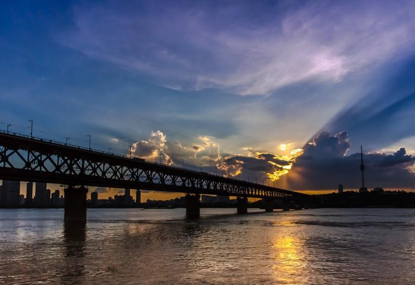 武汉长江大桥风景图片