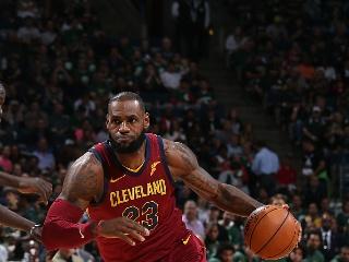 NBA常规赛:骑士-雄鹿