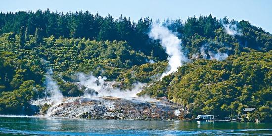 新西兰陶波 细赏地热调色板
