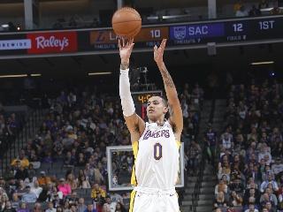 NBA常规赛:湖人-国王
