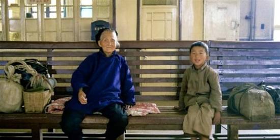香港摄影师镜头下的80年代中国风情