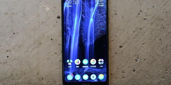 诺基亚6X图赏:诺记第一款刘海屏手机