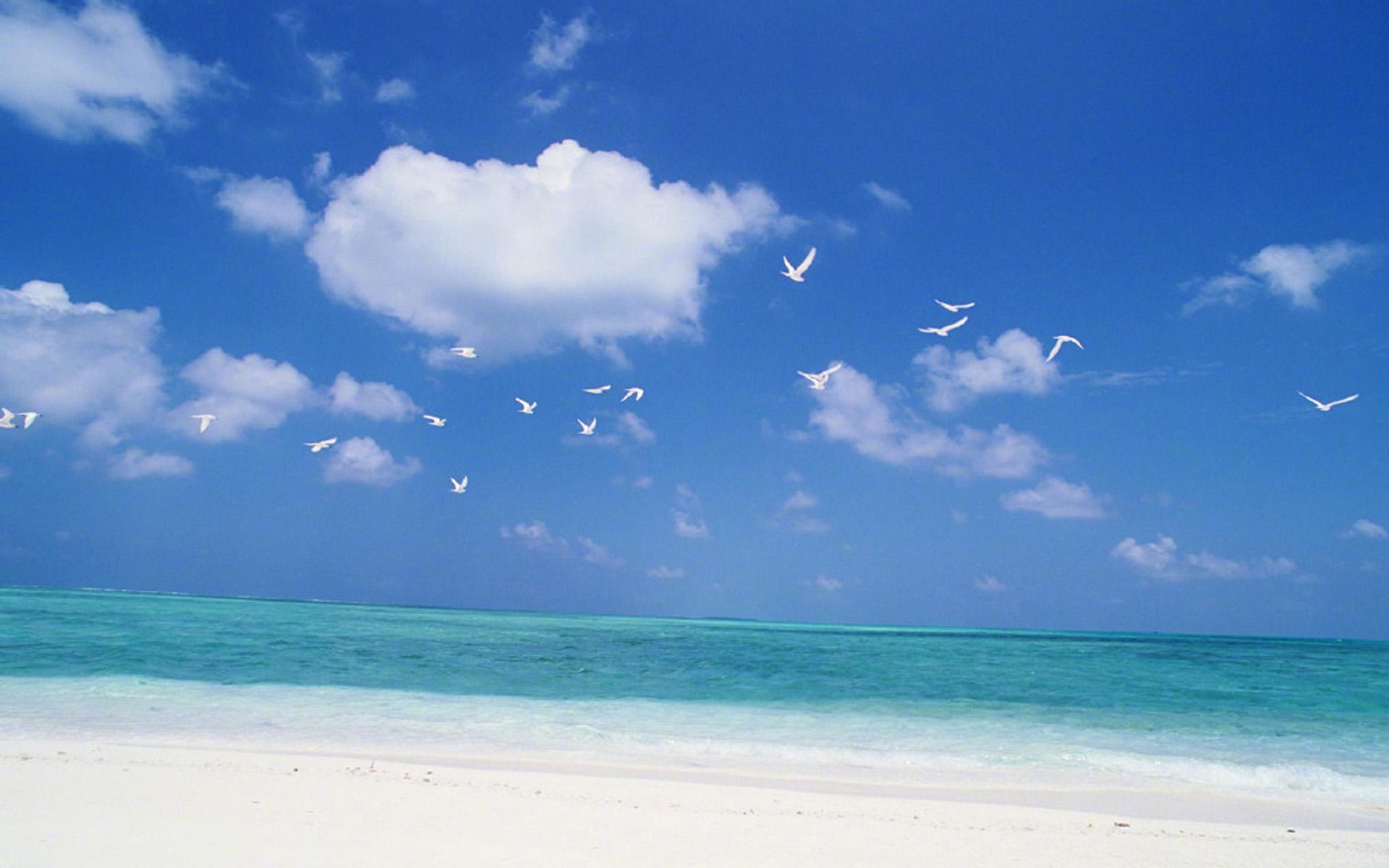 蓝色大海唯美风光图片桌面壁纸