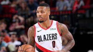 NBA季前赛:国王-开拓者