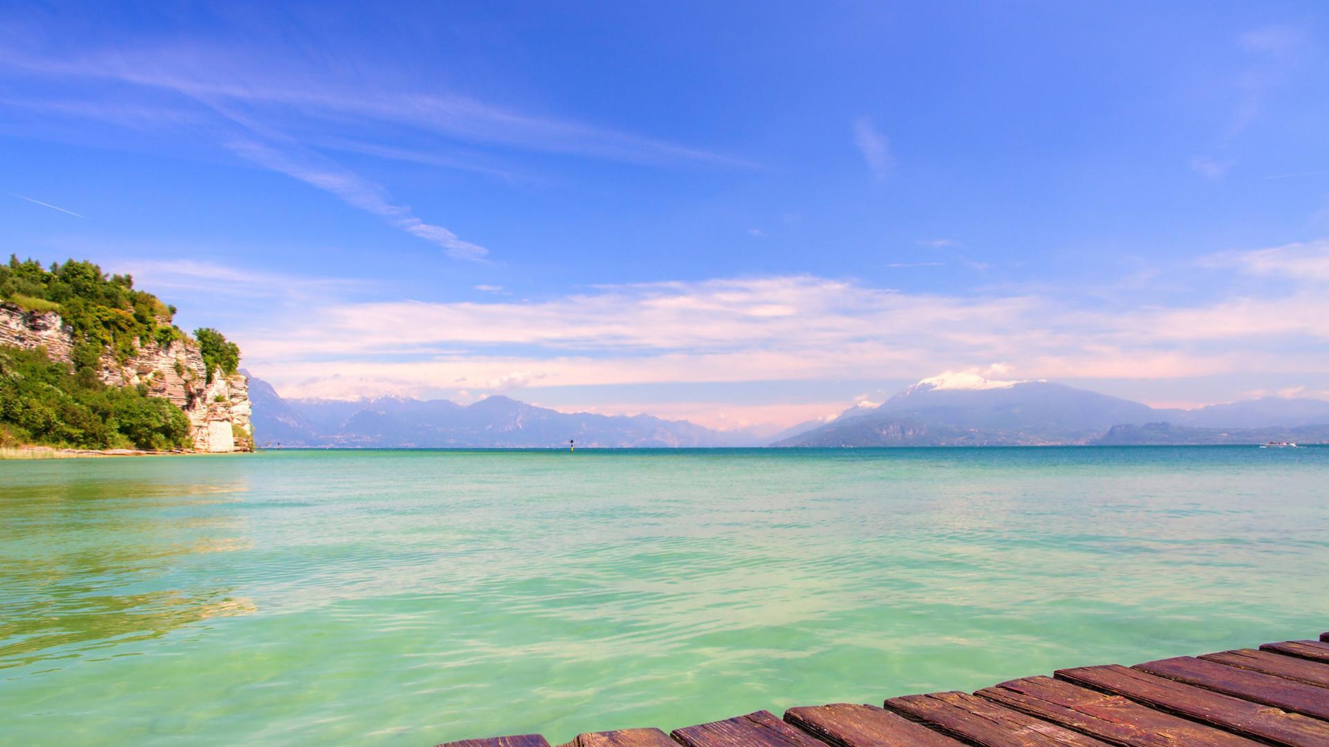 加达湖风景图片桌面壁纸