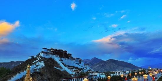 西藏绝美风光桌面壁纸