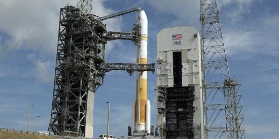 美国联合发射联盟在佛州发射宽带全球卫星WGS-10