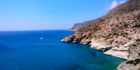 蔚蓝海岸线风景高清桌面壁纸