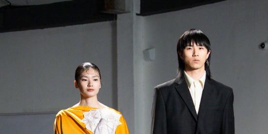 上海时装周LABELHOOD的秀场图片