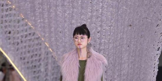 上海时装周FAKE NATOO秀场图片
