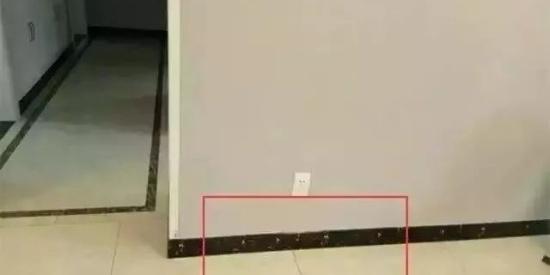 客厅铺地砖,踢脚线怎么搭配?