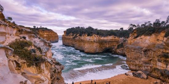 海滩悬崖图片