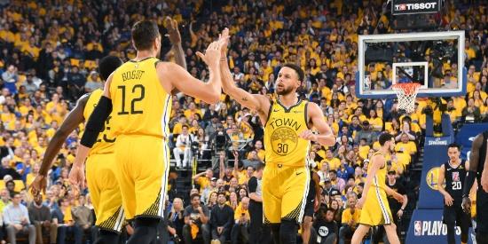 NBA季后赛首轮:快船-勇士G2