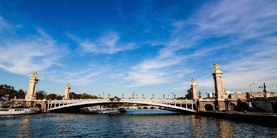 法国塞纳河唯美风景图片桌面壁纸