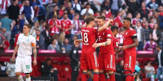 莱万造红牌 拜仁1-0小胜超多特4分