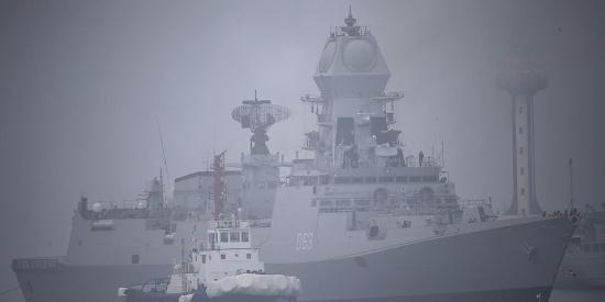 多国海军舰艇陆续抵达青岛 参加中国人民海军成立70周年活动